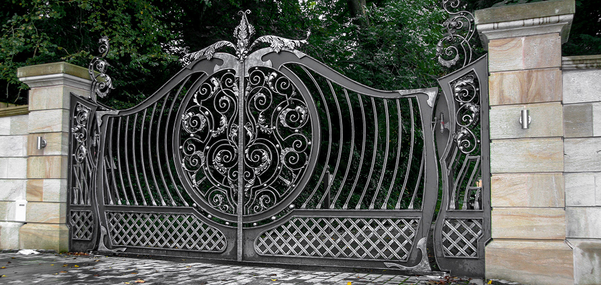 Wrought iron gates driveway gates iron railings side Metal gate designs images