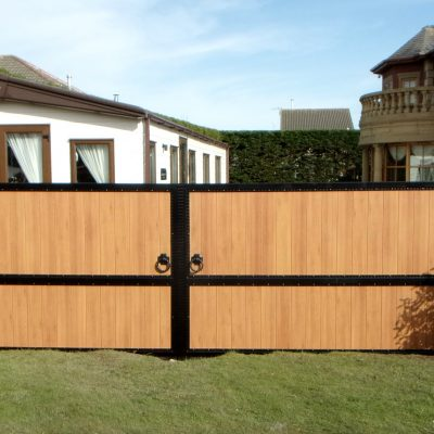 timber effect aluminum gates 2 | North Valley Forge.